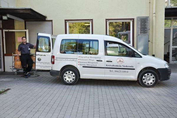 Mobiler Mittagstisch - Fahrzeug